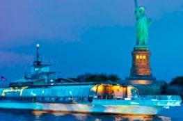 Passeio de Barco no Bateaux New York