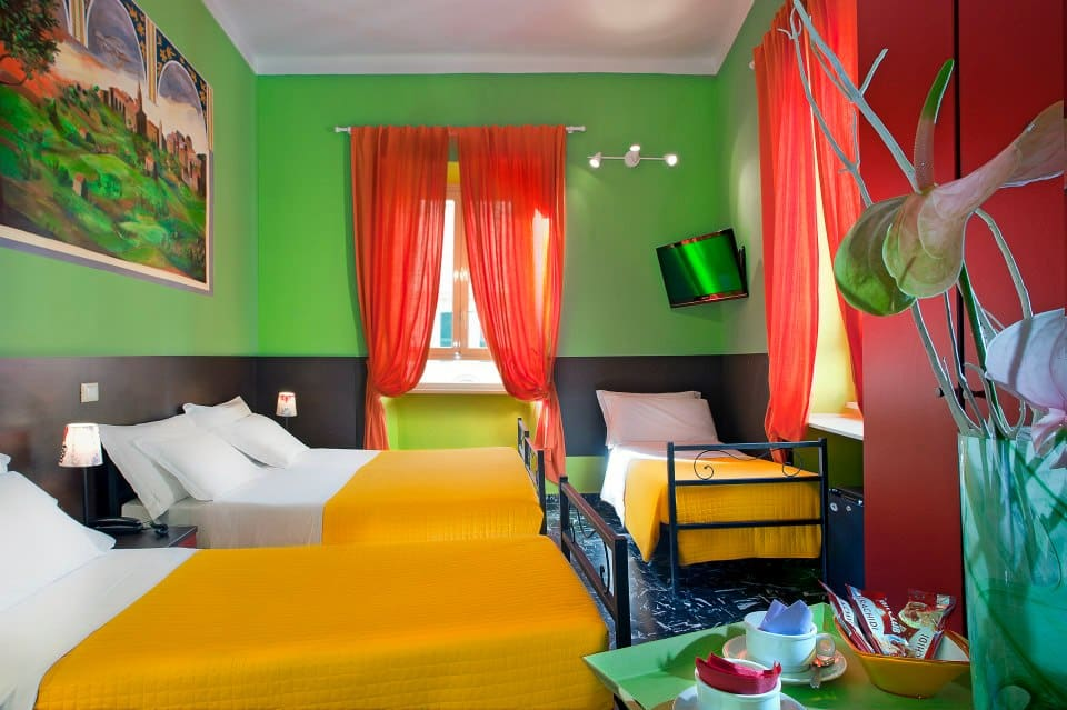 colors hostel