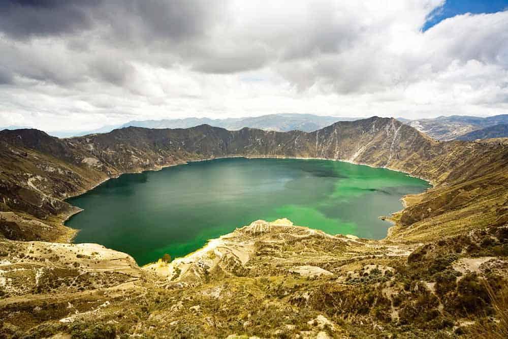 lago-cratera-vulcao-quilotoa-equador