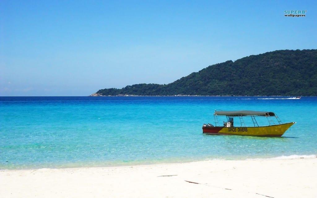 10 praias paradisíacas e pouco conhecidas para conhecer fora do Brasil