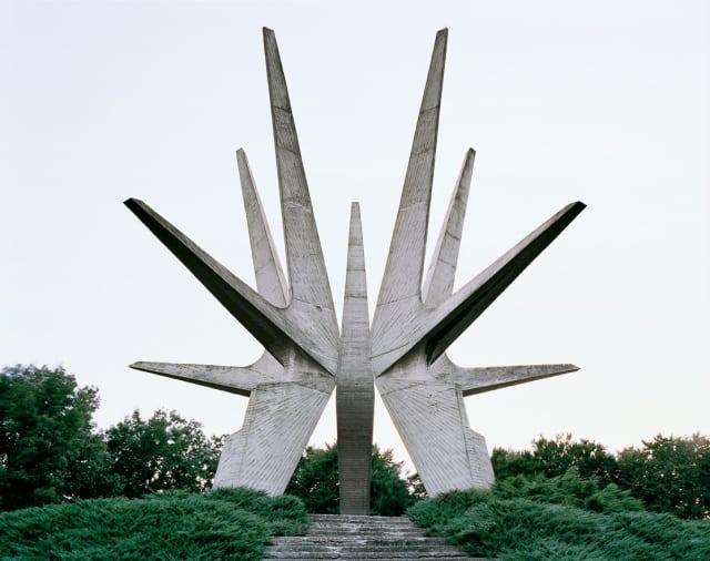 spomenik06