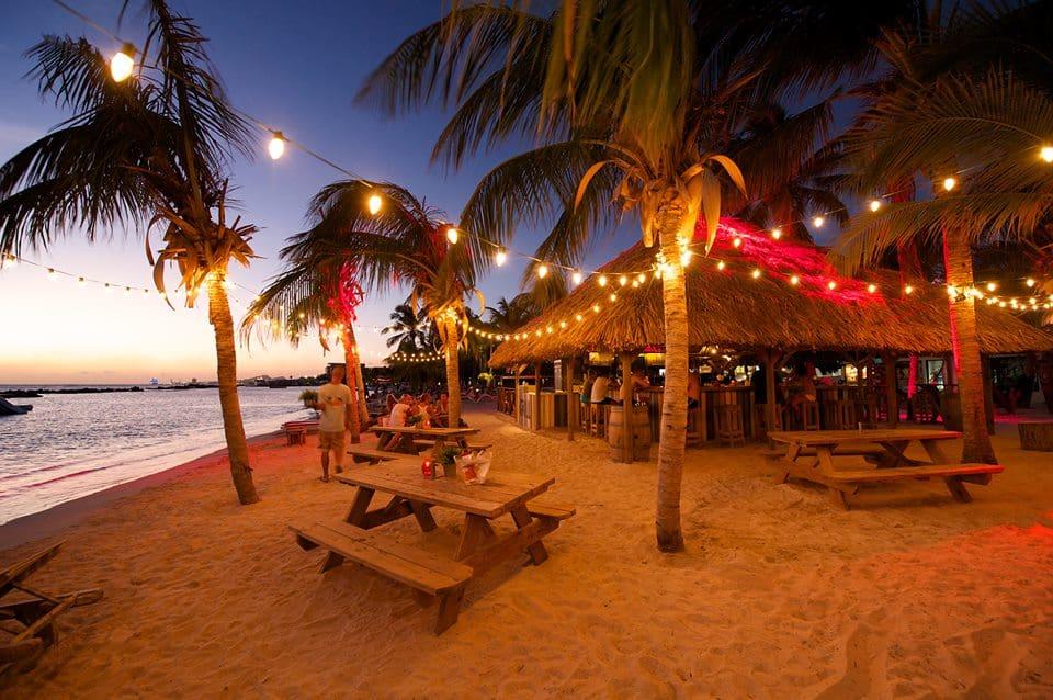 Chill Curaçao