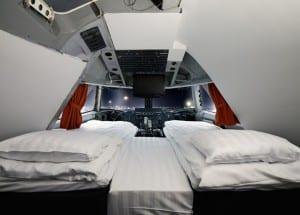 Avião é transformado em hostel na Suécia