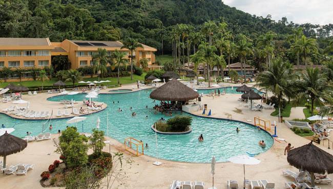 vila-gal-eco-resort-de-angra-exteriores-7_w
