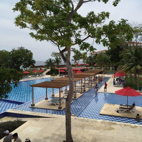 Royal Decameron Barú piscina