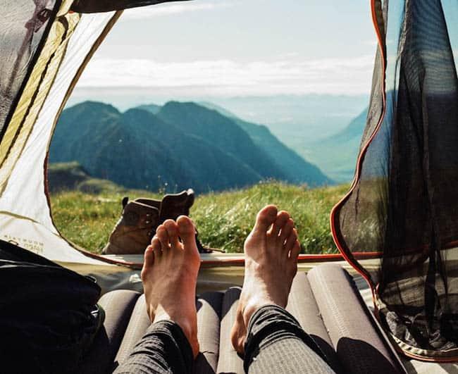 Como viajar com pouco dinheiro acampar