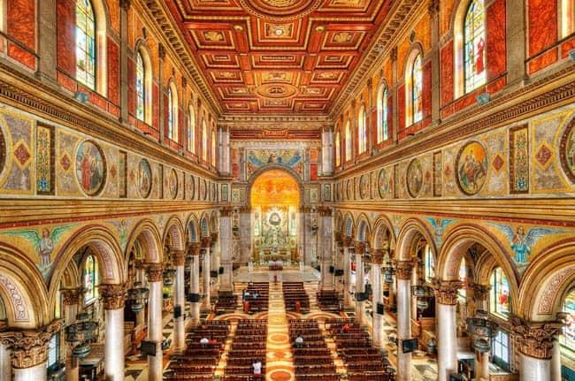 Igrejas incríveis no Brasil BasilicaNazare