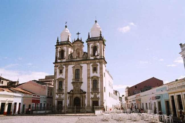 Igrejas incríveis no Brasil Catedral de São Pedro dos Clérigos