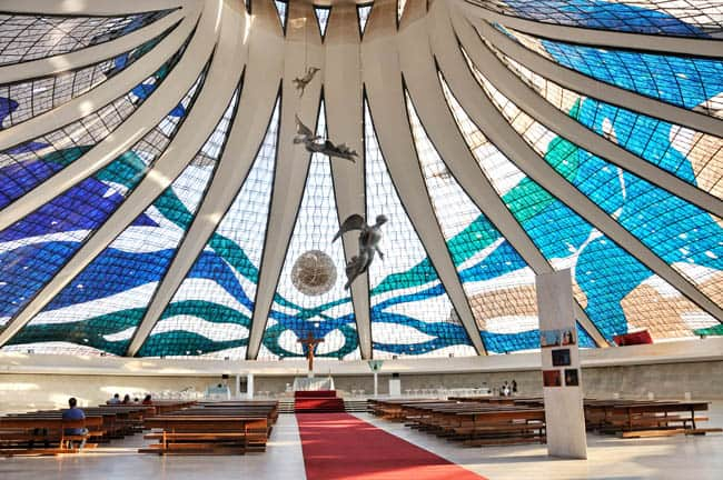 Igrejas incríveis no Brasil CatedralBrasilia