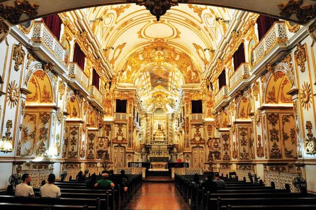 Igrejas incríveis no Brasil IgrejaCarmoRJ