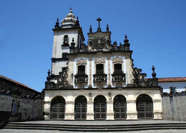 Igrejas incríveis no Brasil igrejaJoaoPessoa