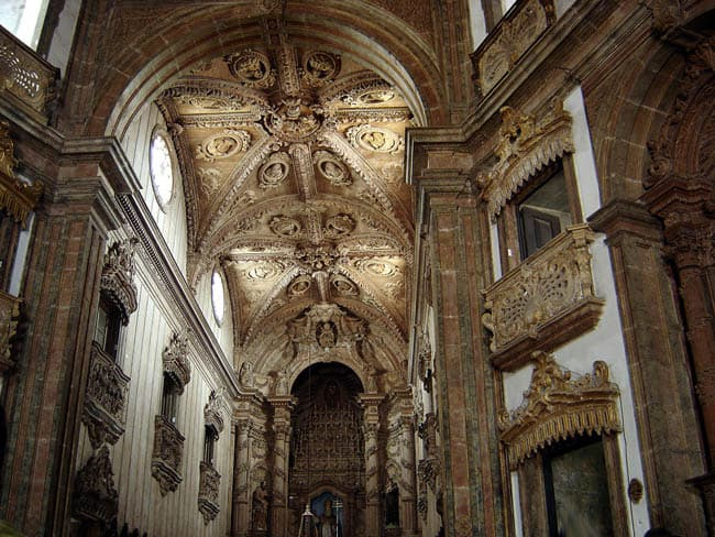 Igrejas incríveis no Brasil IgrejaRecife