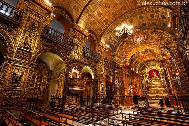 Igrejas incríveis no Brasil MosteiroRJ