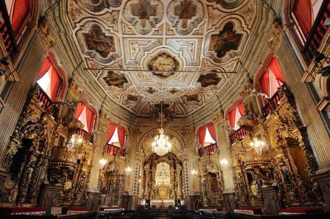 Igrejas incríveis no Brasil nossa-senhora-do-pilar2