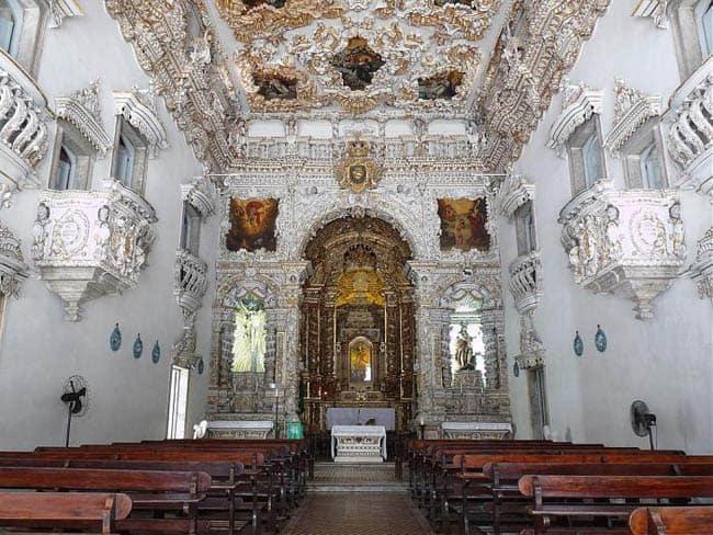 Igrejas incríveis no Brasil NSConceicaodosMilitares