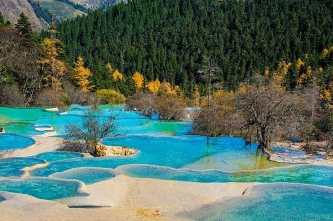 O fabuloso Parque Nacional Huanglong na China