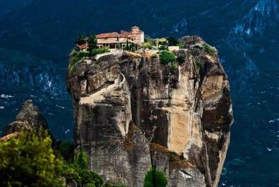 Os incríveis mosteiros suspensos de Meteóra, na Grécia