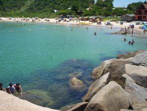 Conheça as belas praias de Bombinhas em Santa Catarina!