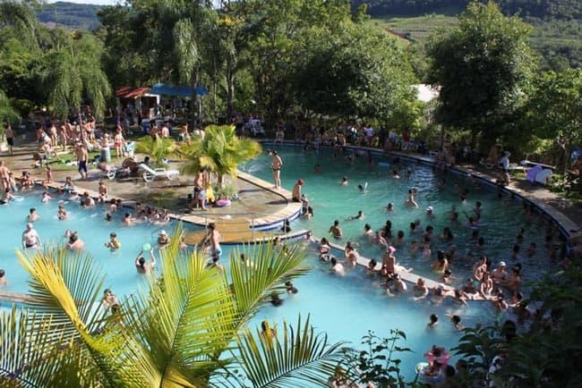 Águas termais no Brasil, saiba onde encontrar!