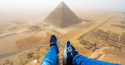 Turista alemão é preso após escalar ilegalmente a maior pirâmide do Egito