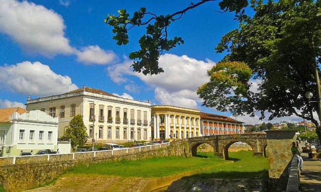 Que tal conhecer as cidades históricas de Minas Gerais numa road trip?