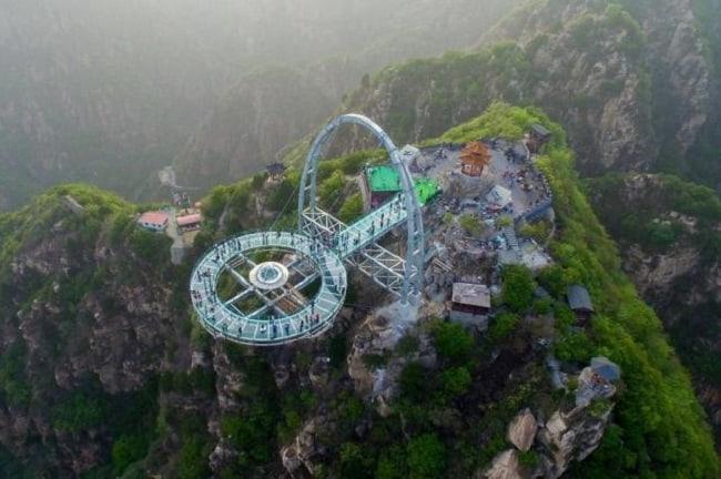 O maior mirante do mundo fica na China