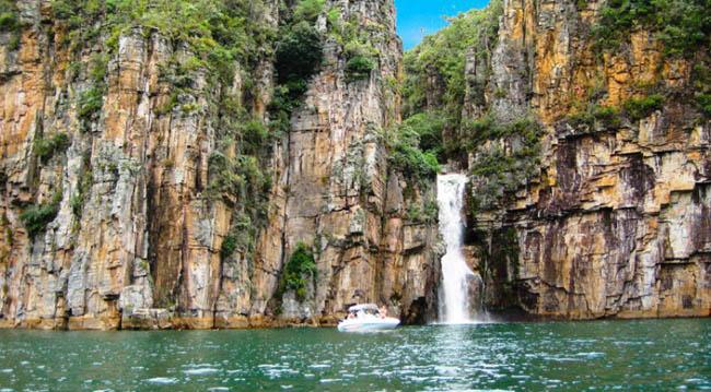 10 lugares incríveis no Brasil para viajar nas férias
