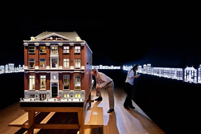 Conheça os museus secretos nos casarões a beira do canal de Amsterdã
