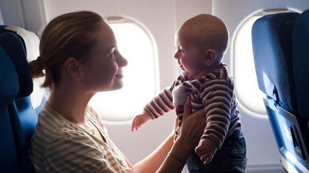 Dicas e recomendações para viajar com bebês de poucos meses