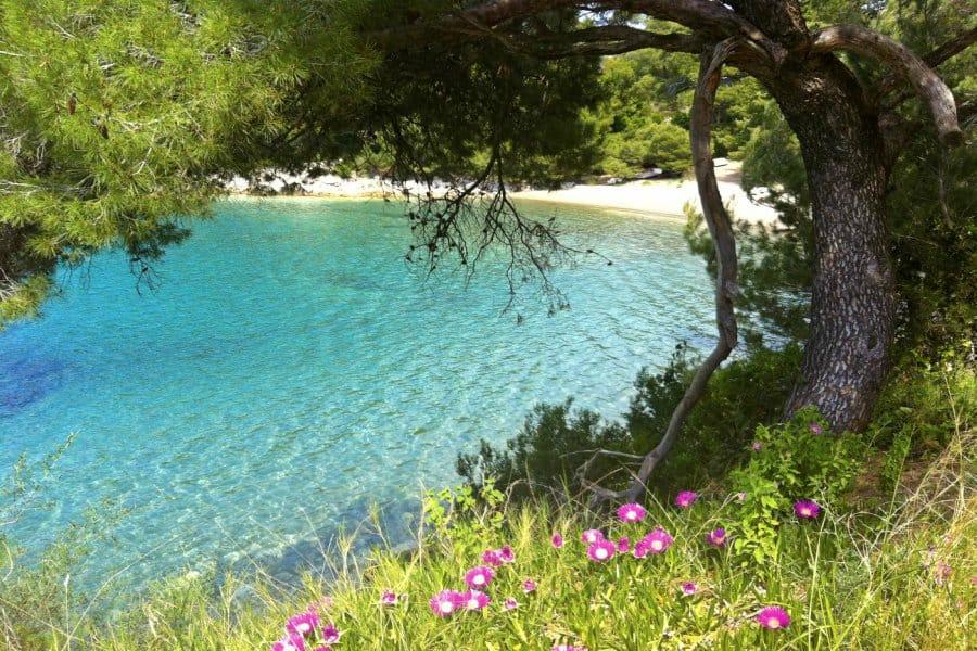 Conheça as praias secretas da Europa