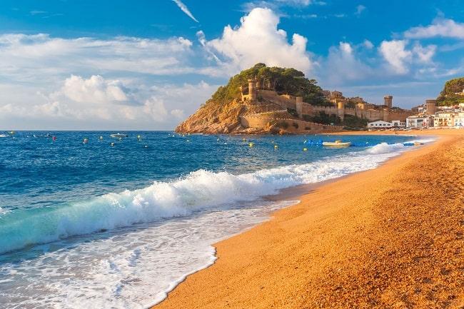Top 3: descubra as melhores praias para curtir o verão europeu
