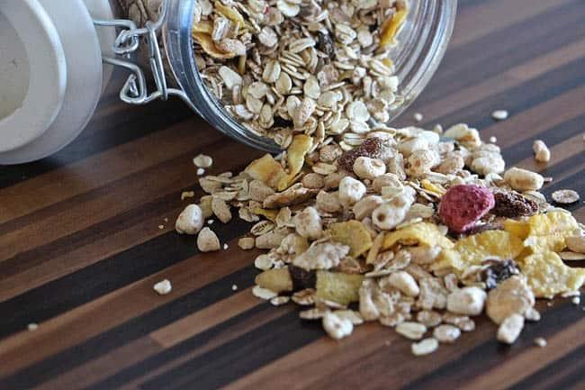 Confira quais são os alimentos que combatem o jetlag