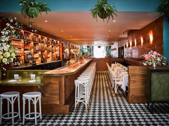 Leos Oyster Bar4