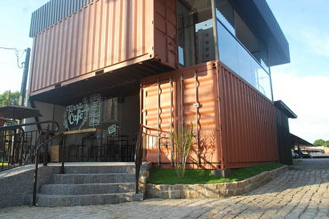 Conheça o Terra Café, cafeteria dentro de um container em Curitiba