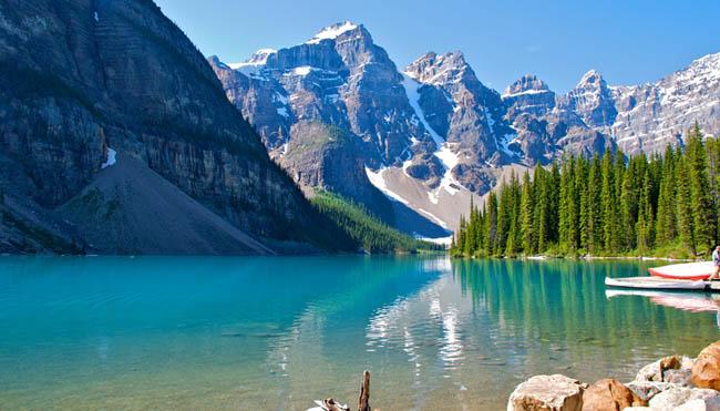 Que tal se aventurar entre as exuberantes paisagens de Banff, no Canadá?