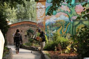 Conheça Christiania, uma comunidade hippie que vive em Copenhague