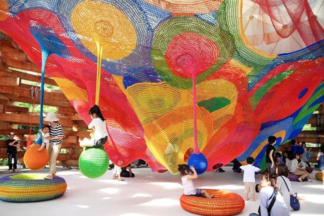 Museu Hakone exibe belas e divertidas esculturas a céu aberto no Japão