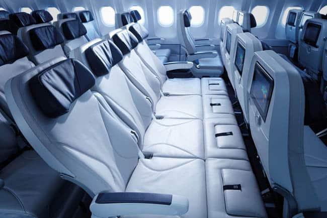 Azul lança poltrona retrátil na classe econômica de voos internacionais