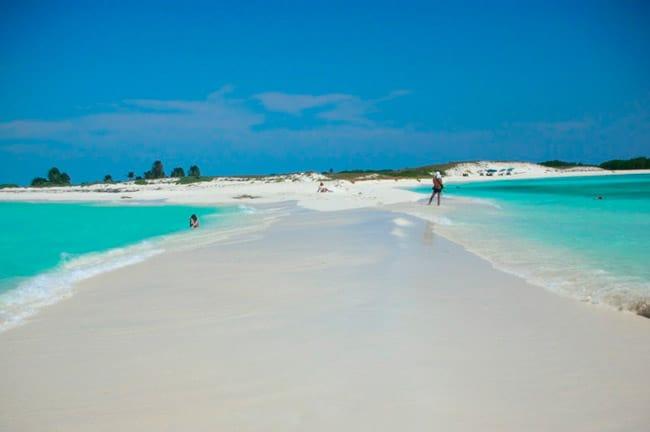 10 destinos com praias paradisíacas para quem tem baixo orçamento