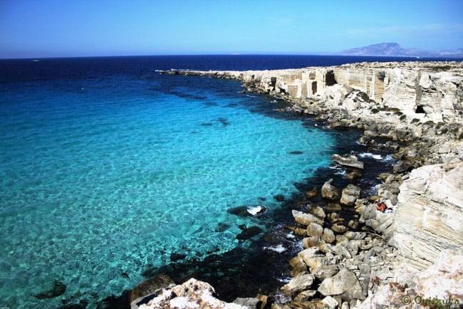 Praias na Itália: Cala Rossa