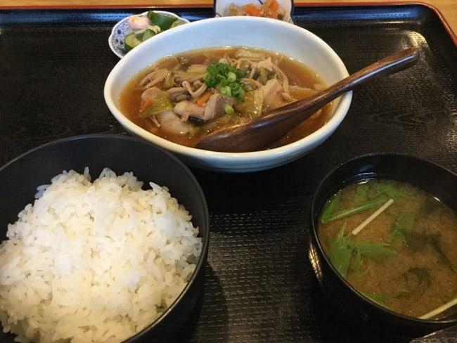 restaurante-barato-em-toquio2