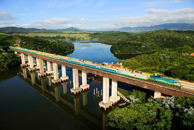 Que tal uma viagem de trem entre Espírito Santo e Minas Gerais?