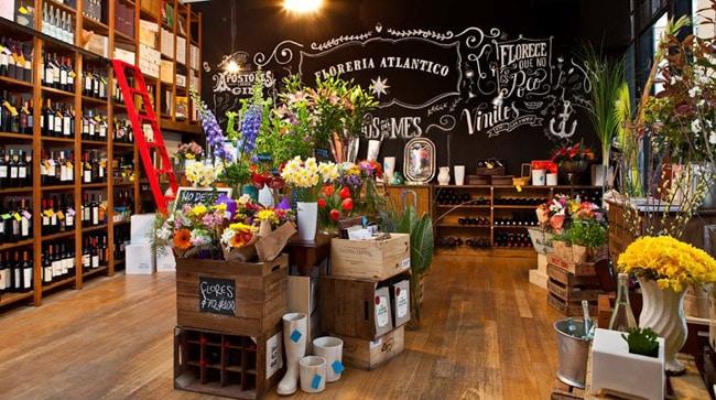 Bar escondido no subsolo de uma floricultura está entre os melhores de Buenos Aires