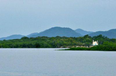 Isolada e tranquila, Ilha de Superagui reserva paisagens intocadas no Paraná