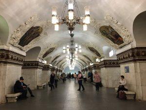 Fotografias captam a beleza das estações de metrô de Moscou