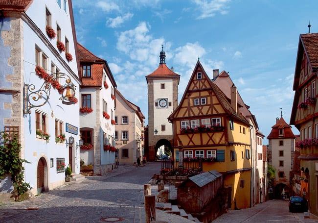 Entre castelos e paisagens: que tal uma viagem pela Rota Romântica da Alemanha?