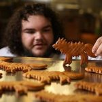 "Londres sedia padaria para fãs de Game of Thrones, chamada ""You Know Nothing John Dough"""
