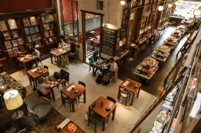 Libros del Pasaje é uma aconchegante pausa para cafezinho e leitura em Buenos Aires