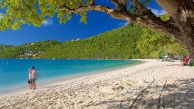 Descubra uma das praias mais bonitas do mundo em St. Thomas, no Caribe