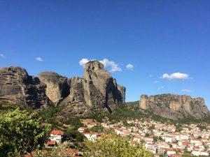 Conheça Meteora, um dos mistérios da Grécia!